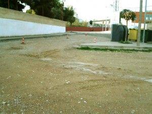 Arreglo y allanado del suelo detras del Parque de Bomberos